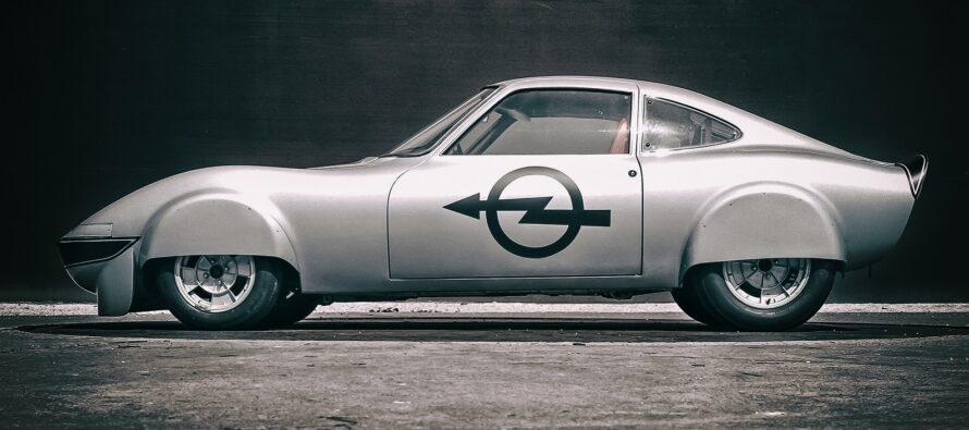 Το Opel που χτυπήθηκε από κεραυνό και έγινε ηλεκτρικό!