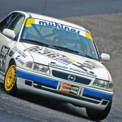 Opel Astra (3)
