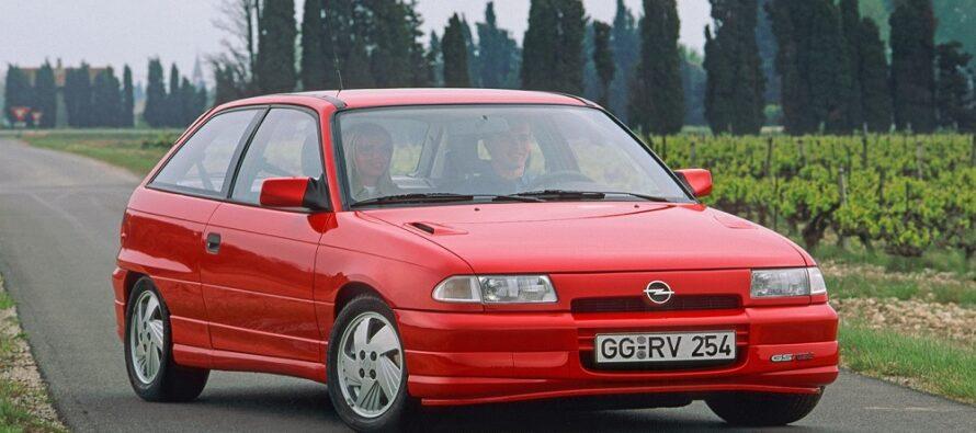 Δε χρειάζεται εμβόλιο το Opel Astra που τριαντάρισε-Έχει αντισώματα απέναντι στο χρόνο
