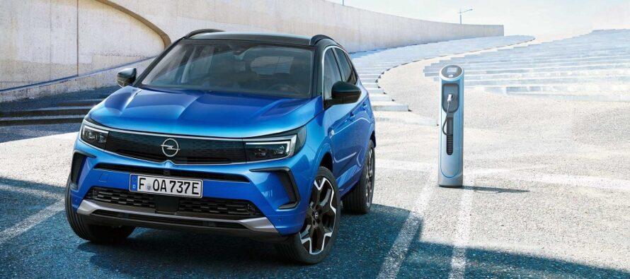 Ομορφότερο και πιο high-tech το ανανεωμένο Opel Grandland