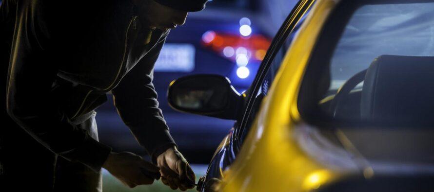 Συλλήψεις για 11 κλοπές αυτοκινήτων-Οι δράστες είχαν σχετικό φάκελο στην Αστυνομία (video)
