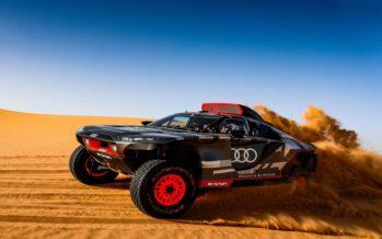 Δε μπορεί να καταπιεί η έρημος του Μαρόκου το νέο Audi RS Q e-tron!