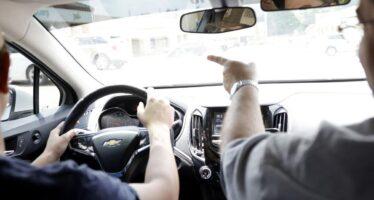 Δίπλωμα οδήγησης από 17 ετών, τέλος τα «λαδώματα» και σημαντικές αλλαγές στον τρόπο εξέτασης