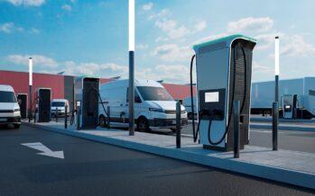 O ταχύτερος φορτιστής ηλεκτρικών αυτοκινήτων στον κόσμο! Από 0% στο 100% η μπαταρία σε 15 λεπτά-Συνδέονται ταυτόχρονα 4 αυτοκίνητα (video)